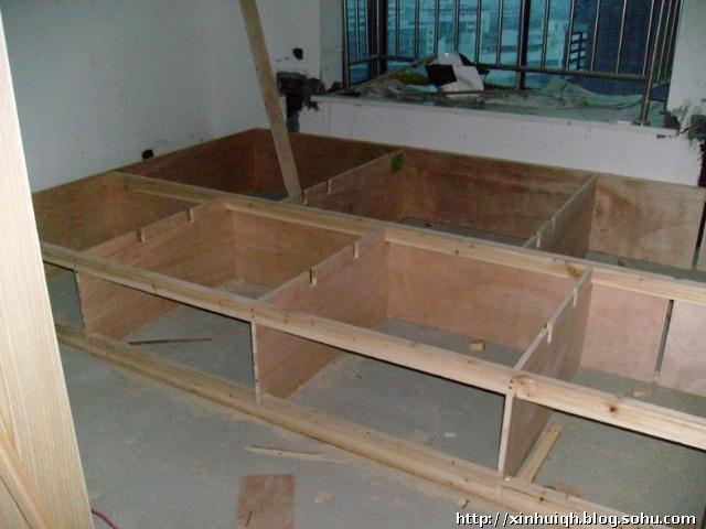 废旧纸盒做床步骤
