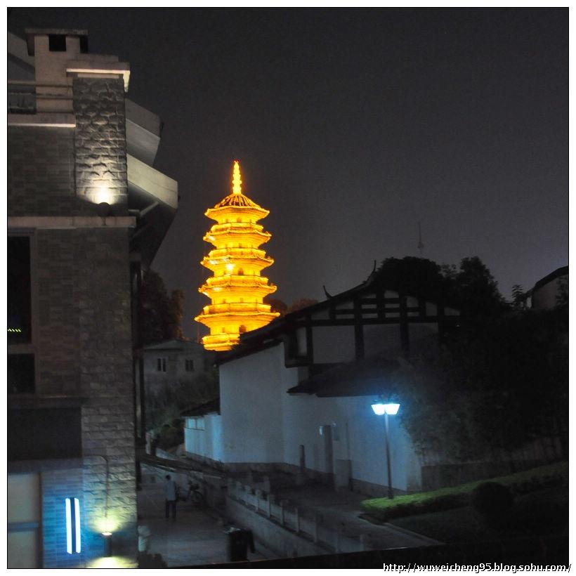 南靖湖心岛夜景