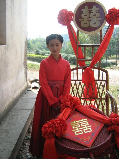 杨振/徐璐,中国大陆女演员,毕业于中国人民解放军艺术学院。
