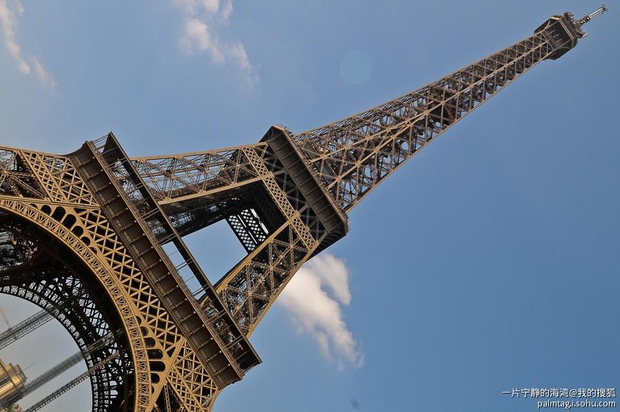 巴黎老城埃菲尔铁塔