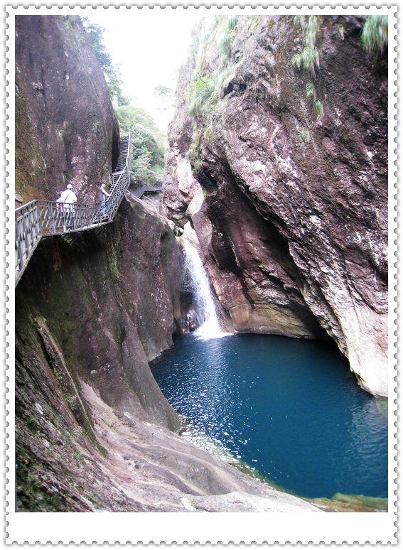 桐岭山国家森林公园属国家4a级旅游景区,地处温州市文成县叶胜