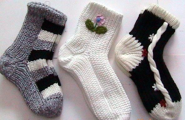 用两根针织袜子图解