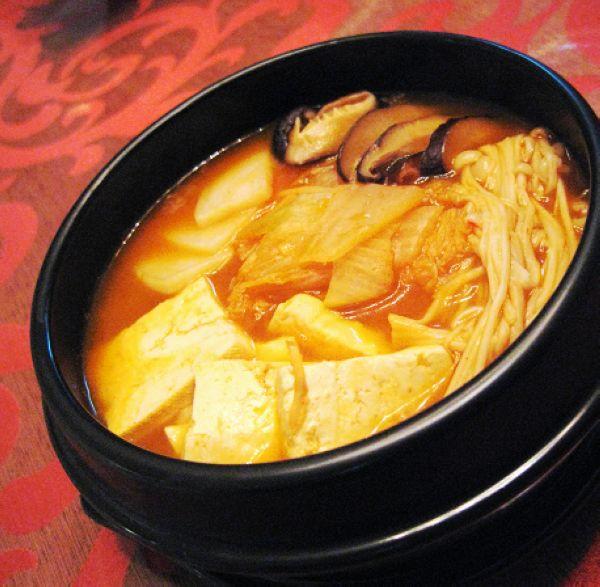 绝对挑逗你的味觉--韩式泡菜汤