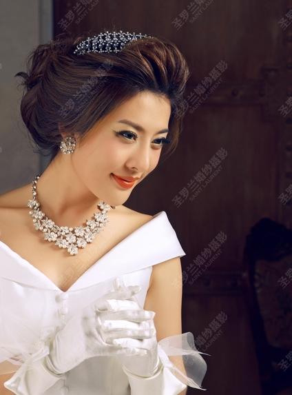 【佛山圣罗兰婚纱分享】五款甜美可爱的韩国新娘发型
