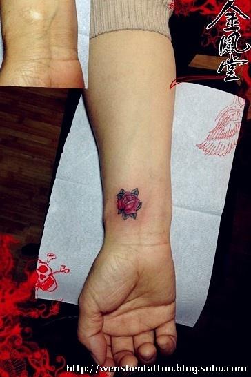 心电图纹身艺术 手臂纹身