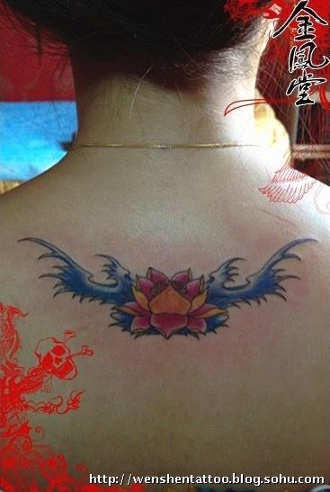 太阳纹身 蝙蝠纹身 滴血狼头纹身 莲花纹身 字母纹身