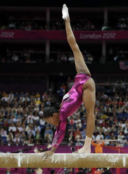 8月7日,看了奥运会男子双杆,女子平衡木,男子单杆,女子自由体操