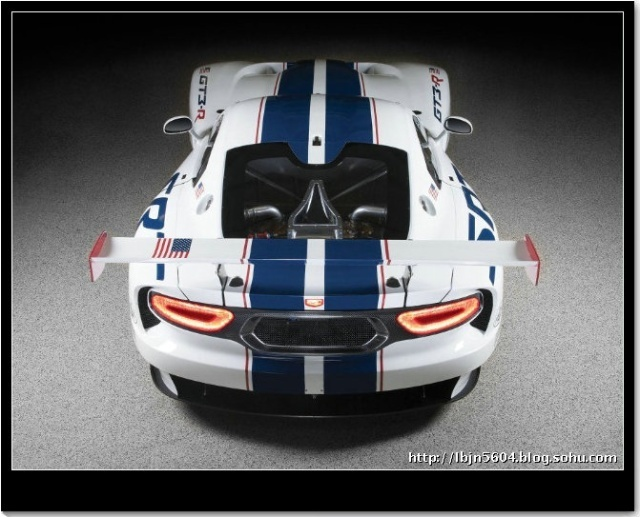 2013款道奇蝰蛇gt3 r赛道版高清图片
